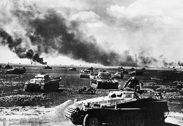 German tanks thrust into the Soviet Union in 1941
