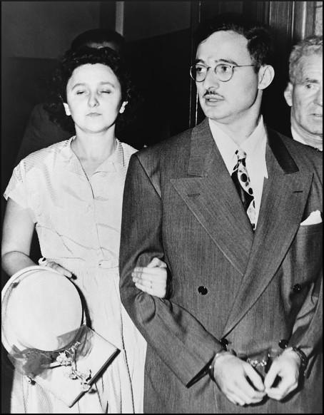 the julius and ethel rosenberg trial for espionage in 1951 Rosenbergs trial in 1951, julius and ethel rosenberg were convicted of conspiracy to commit espionage for helping the soviet union acquire the secrets to the atomic bomb from the united states during world war ii.