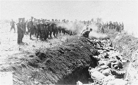 Einsatzgruppen unit shoots Jews in the Soviet Union